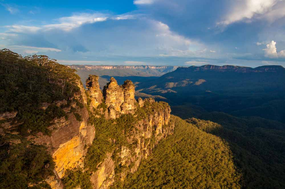 The Three Sisters rock formation, Katoomba, Blue Mountains