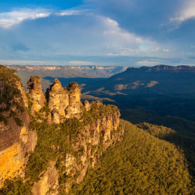 Blue Mountains, The Three Sisters rock formation, Katoomba